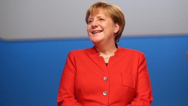 Канцлеру Германии Меркель не понравилась графика игры Minecraft