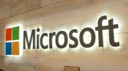 лидер команды Minecraft в Microsoft, пошёл на повышение